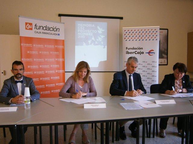 Firma del convenio entre Fundación Ibercaja, Fundación CAI y el CSZ.