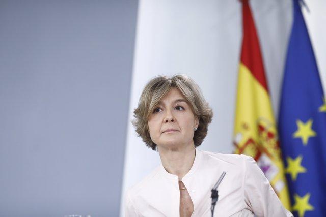 Isabel García Tejerina en la rueda de prensa tras el Consejo de Ministros