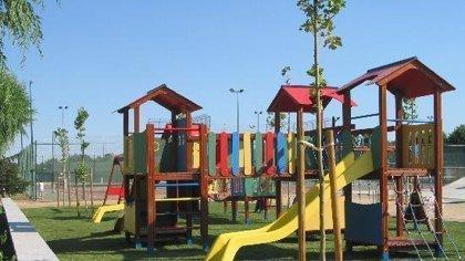 Madres piden firmas para que la Policía vigile permanentemente parques infantiles tras un intento de rapto