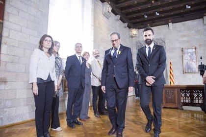 """Torra propone a Sánchez hablar de presos políticos y el socialista contesta que lo hará si """"su supremacismo lo permite"""""""