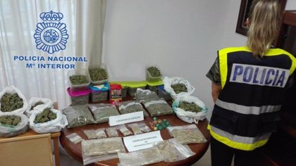 Camuflan un punto negro de droga tras una asociación de cannabis en Dénia