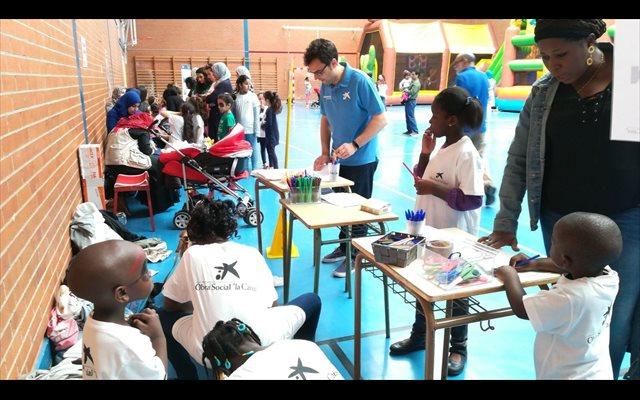 Voluntarios de 'la Caixa' en La Rioja celebran una jornada lúdica y festiva con 90 niños en situación de vulnerabilidad