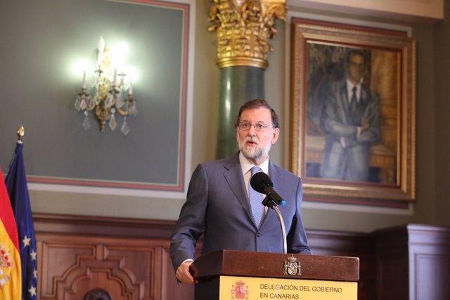 Rajoy pronuncia unas palabras tras firmar el acuerdo de Presupuestos con NC