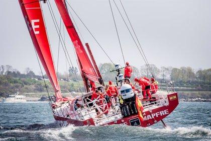 El 'MAPFRE', a defender el liderato de la Volvo Ocean Race en el regreso a Europa