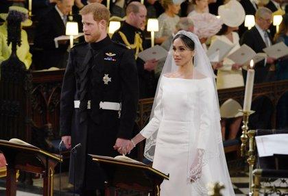 Meghan Markle luce radiante en su boda con el Príncipe Harry: descubre todos los detalles de su look