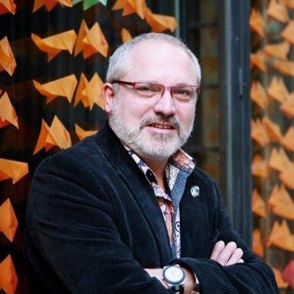 Lluís Puig, de breve conseller de Cultura a conseller desde el extranjero