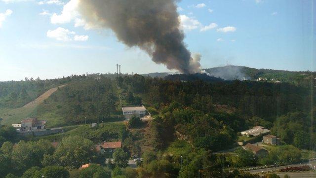 Incendio registrado en la parroquia de San Paio, en Santiago