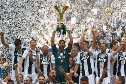 Buffon se despide de la Juventus con una victoria y levantando el título de liga