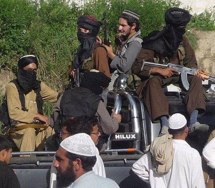 """Los talibán anuncian una amnistía para policías y militares tras los """"éxitos"""" de su ofensiva de primavera"""