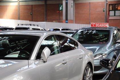 Más de 60 concesionarios y servicios oficiales enseñan su oferta de vehículos en Stock-car hasta este domingo