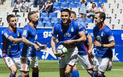 El Oviedo mantiene su lucha por los 'play-off' y Mata guía al Valladolid en Lorca