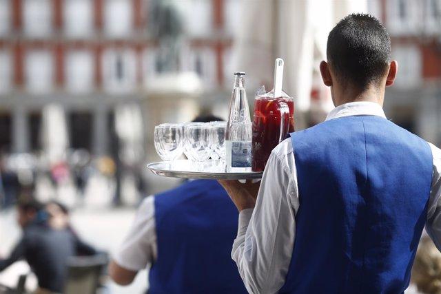Bar, bares, sangría, gente, personas, persona, turismo en Madrid, turistas