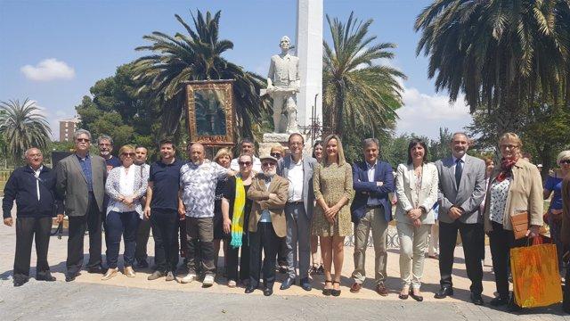 Foto de familia de los Premios Arrabal 2018.