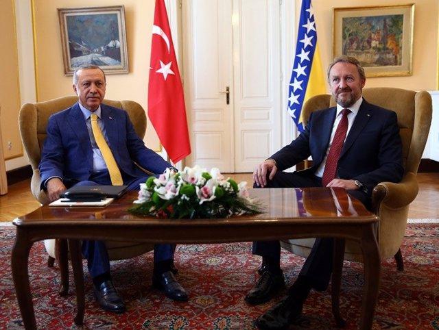 El presidente turco, Recep Tayyip Erdogan, de visita en Bosnia