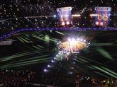 Foto: Pasillo de los campeones del doblete al 'Infinito Iniesta' en la fiesta del Camp Nou