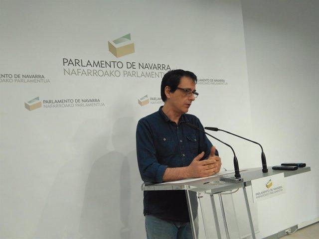 El portavoz de Podemos en el Parlamento foral, Carlos Couso