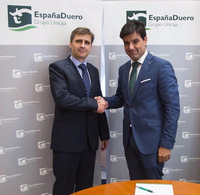 Firma del convenio entre EspañaDuero y SAECA