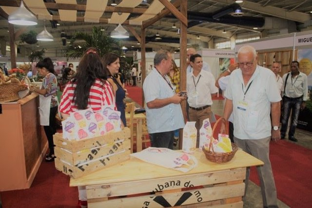 El salón de tecnología alimentaria Alimentos 2.0 en La Habana