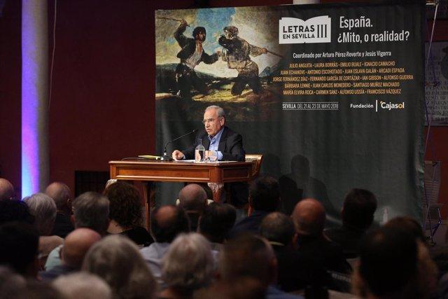 Alfonso Guerra inaugura las  jornadas 'Letras en Sevilla' de Fundación Cajasol