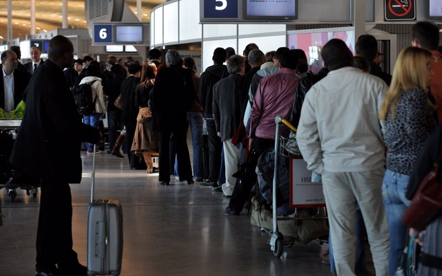 Cancelados el 20% de los vuelos en Orly, Lyon y Marsella este martes por huelga en Francia
