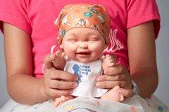 Un nuevo Baby Pelón se une a la familia de Juegaterapia de la mano de Teresa