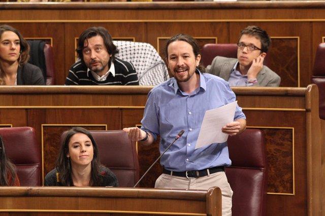 Pablo Iglesias, líder de Podemos, en la sesión de control
