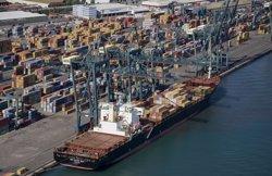 Les exportacions catalanes van créixer un 3,3% el primer trimestre (APB - Archivo)