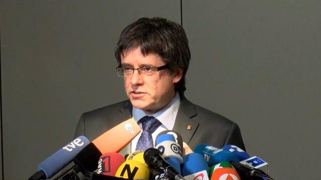 Carles Puigdemont reunido en Berlín con Quim Torra