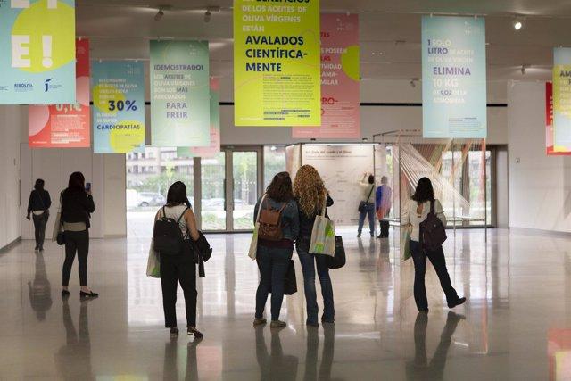 Exposición divulgativa en el marco del congreso O_LIVE!