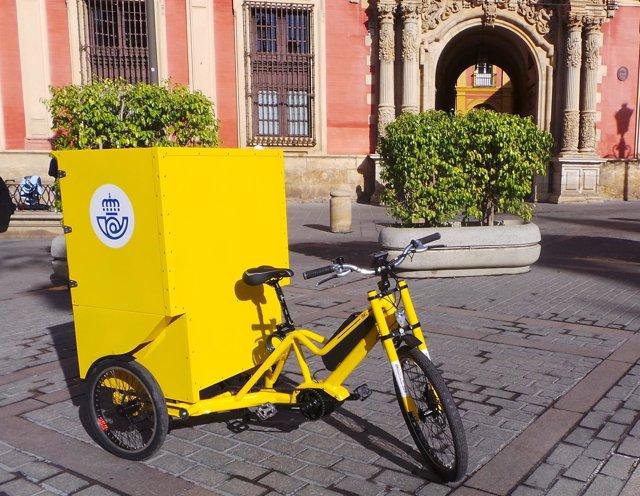 Nuevos triciclos eléctricos de Correos