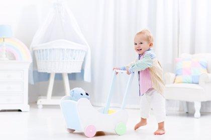 Así se desarrolla el sentido del equilibrio del bebé