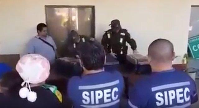 Incautan marihuana en una ambulancia de Argentina