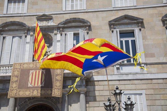 Plaza Sant Jaume tras la toma de posesión de Quim Torra