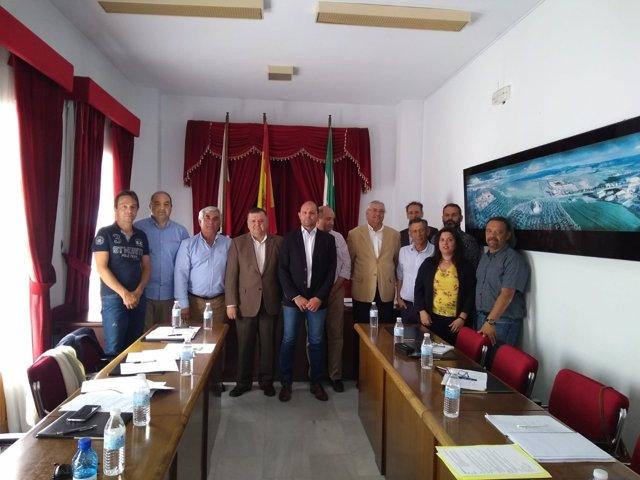 El grupo del ajo del comité mixto de frutas y hortalizas reunido en Montalbán