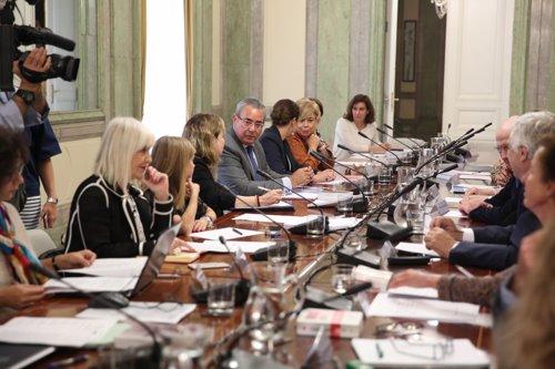 Reunión de la comisión que revisará los delitos sexuales