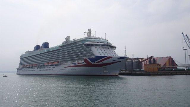 Crucero Britannia