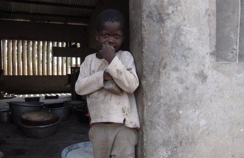 Niño en Benín, África