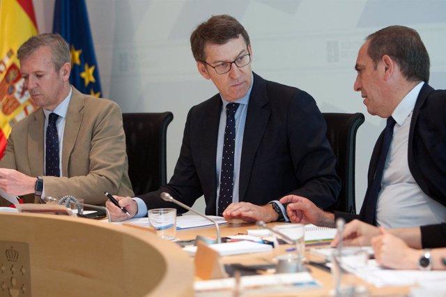 Feijóo, Rueda y Martínez, en la reunión del Consello de la Xunta