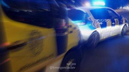 Detenido por agredir a su pareja en Sevilla un varón con orden de ingreso en prisión