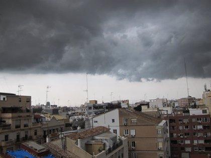 Más de 6.000 rayos han caído esta madrugada sobre la Península y Baleares