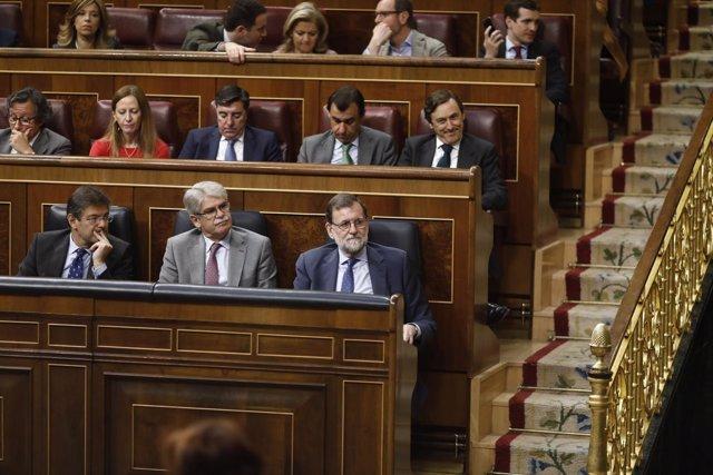 Rajoy sigue desde su escaño el debate de totalidad de los Presupuestos