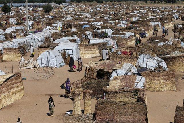 Desplazados internos en el campo de Muna, en Maiduguri