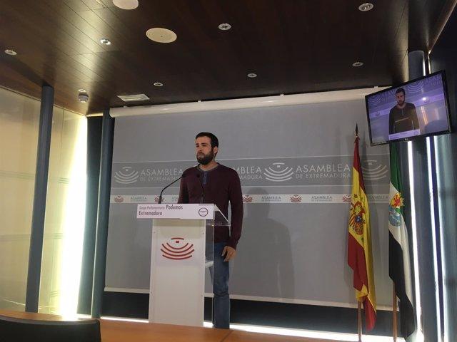 El diputado de Podemos en la Asamblea de Extremadura Daniel Hierro