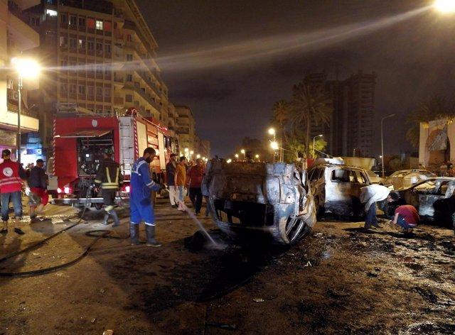 Atentado con coche bomba en Benghazi (Libia)