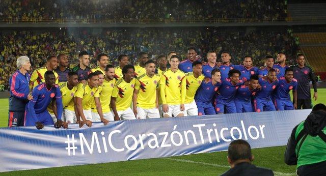 Soccer Football - Farewell Soccer Match - Colombia national team - Nemesio Camac