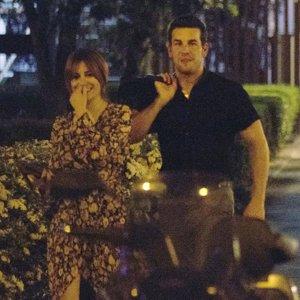 Mario Casas y Blanca Suárez, risas y complicidad en unas fotos que confirman aún más su relación