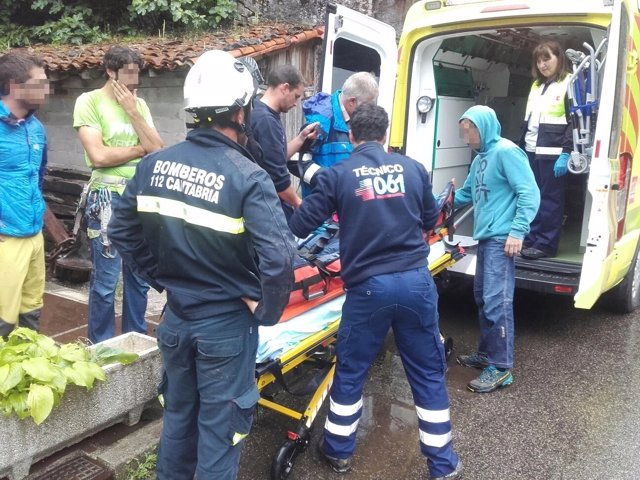 Evacuación a escaladora de La Hermida