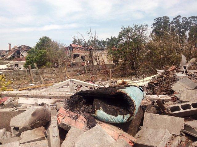 Escombros tras la explosión de Tui en Paramos, que dejó arrasó viviendas