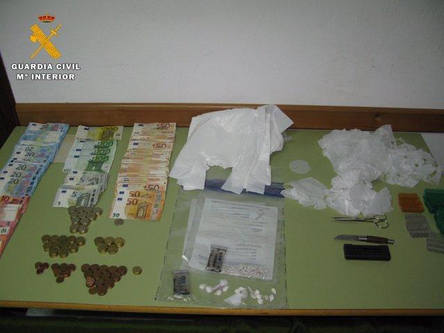 Material incautado en el operativo de la Guardia Civil
