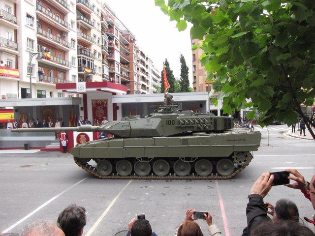 Momento del Desfile del Día de las Fuerzas Armadas